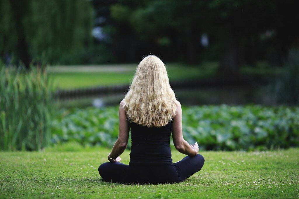 meditation, mindfulness, nature-3480815.jpg